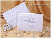 Svatební oznámení ve formě bílé obdélníkové karty s perleťovým rámečkem vzor 0864
