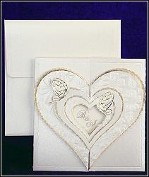 Svatební oznámení vzor 2431 s velkým několikanásobným zdobeným srdcem a s motýlky