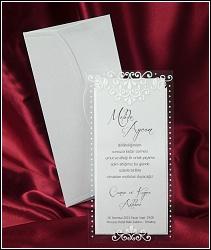 Dvoudílné svatební oznámení 2528 s ornamenty na průhledném díle.