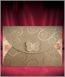 Rozkládací svatební oznámení s motýlkem s přebalem z recyklovaného papíru 2717.