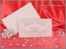 Něžné svatební oznámení tvaru obálky s přebalem z pergamenu vzor 3209