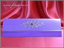Rozkládací fialové svatební oznámení se stříbrnými florálními ornamenty vzor 3321