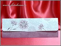 Rozkládací jednodílné svatební oznámení s fialovou výzdobou vzor 3347