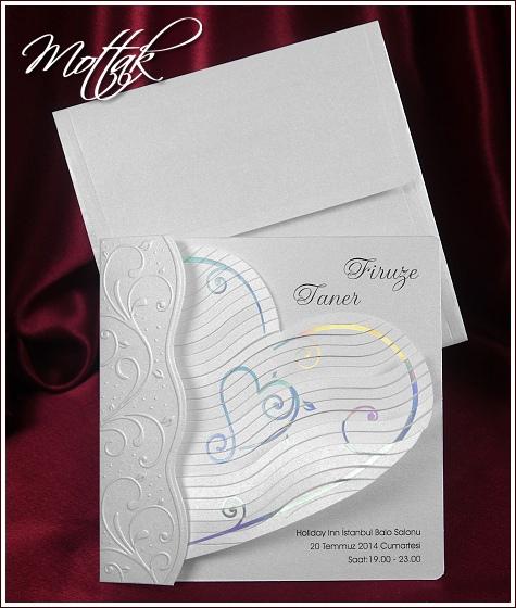 Svatební oznámení 5357 s řásnitým srdcem