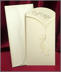Dvoudílné vysouvací svatební oznámení 5419 se zlatou reliéfní ražbou