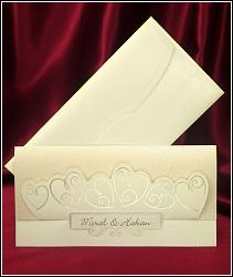 Rozkládací svatební oznámení 5455 se strukturou kůže se srdíčky