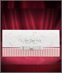 Otevírací svatební oznámení se svislými růžovými proužky 5467.