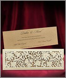 Laserově vypalované svatební oznámení s kartou z kraftového papíru 5539.